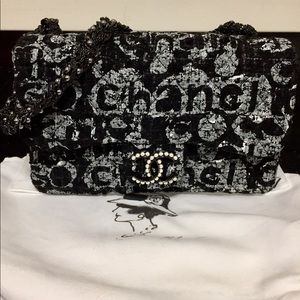 ⚡️NWT CHANEL ONE OF A KIND STUNNING BAG⚡️